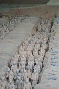 Armée de soldats enterres