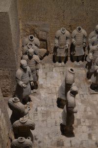 Armée de soldats enterres - 4