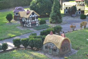 the-tudor-village-2