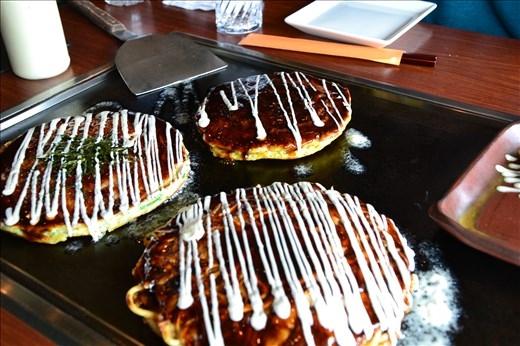 Okonomiyaki (nourriture japonaise)
