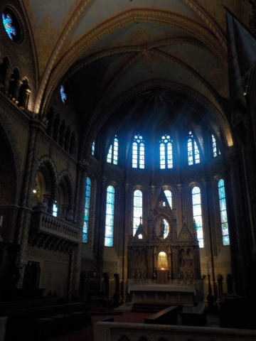 Eglise St Mathias : intérieur