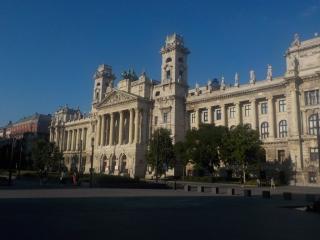 Au Parlement