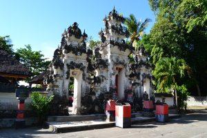 Grand temple de l'île