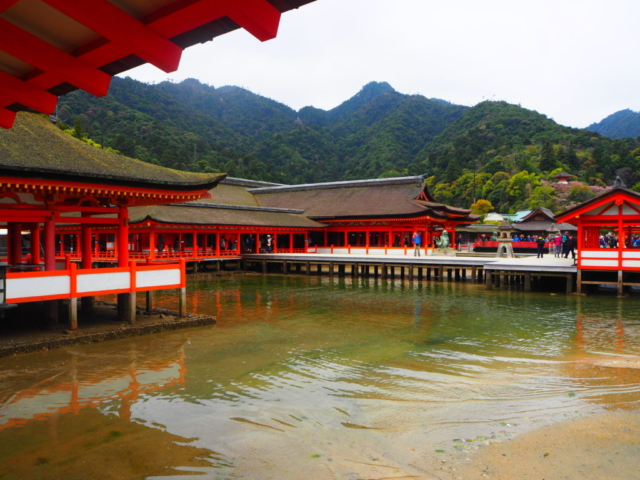 temple Itsukushima