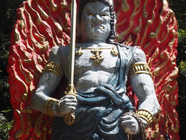 statue d'une divinité bouddhique