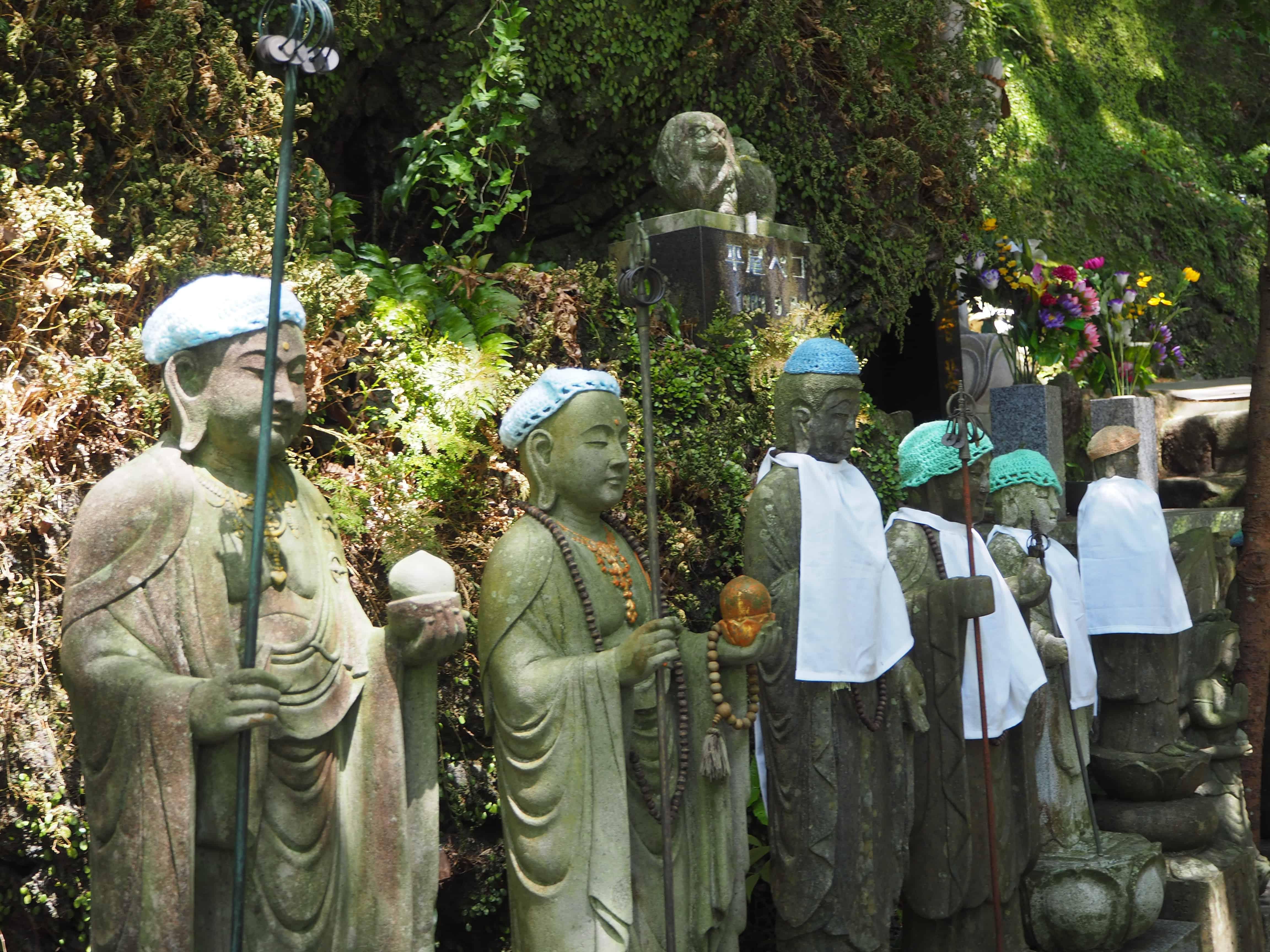 statues de gardiens