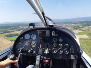 dans le cockpit